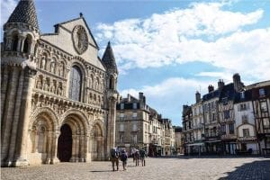 studying law in poitiers