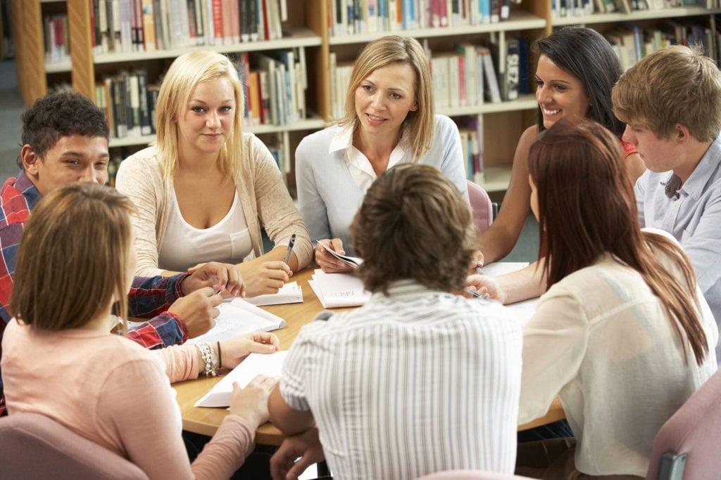 students-at-international-medical-school