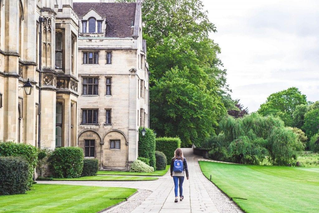 choosing-a-cambridge-college
