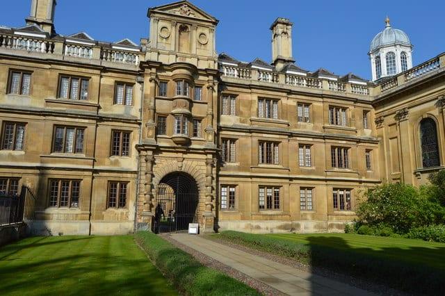 Clare-College-Cambridge-Natural- Sciences-Student